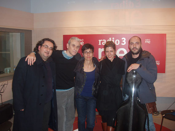 With string quartet from The City of My Dreams CD Live on Radio 3 RTE Madrid